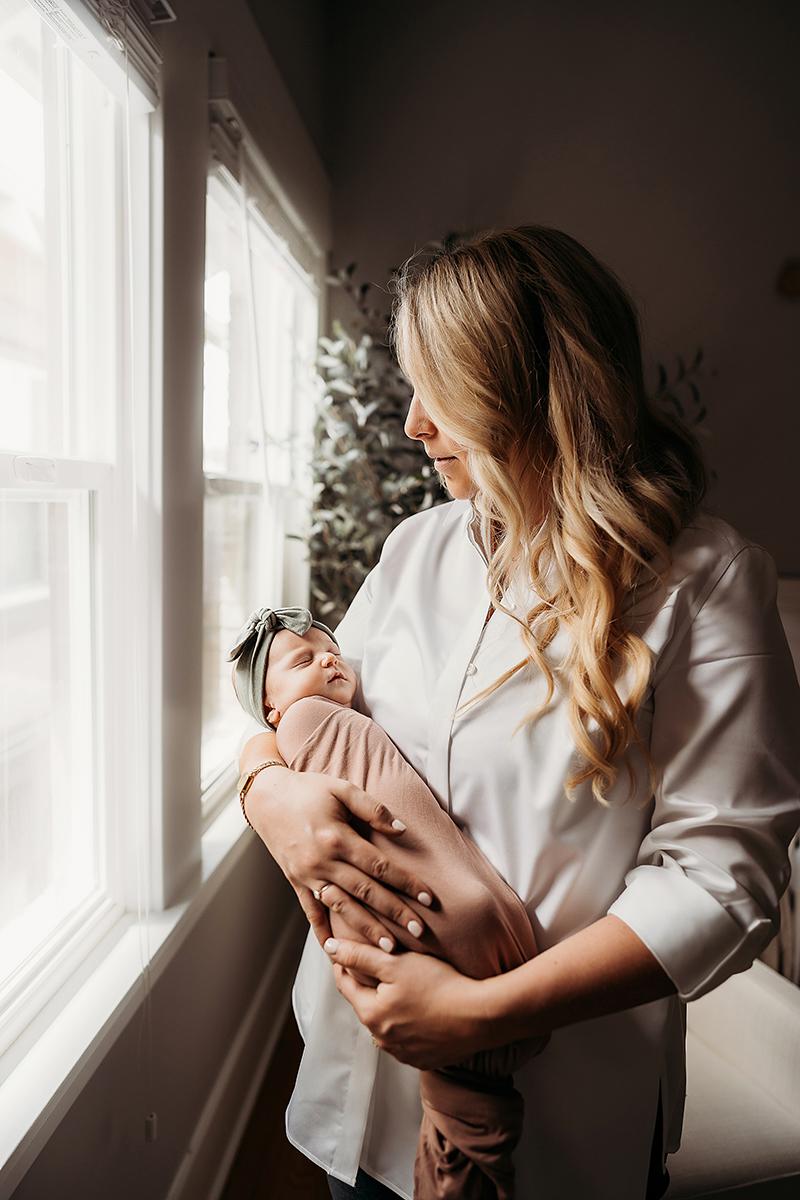 Denver Colorado. Newborn photographer, baby, dogs